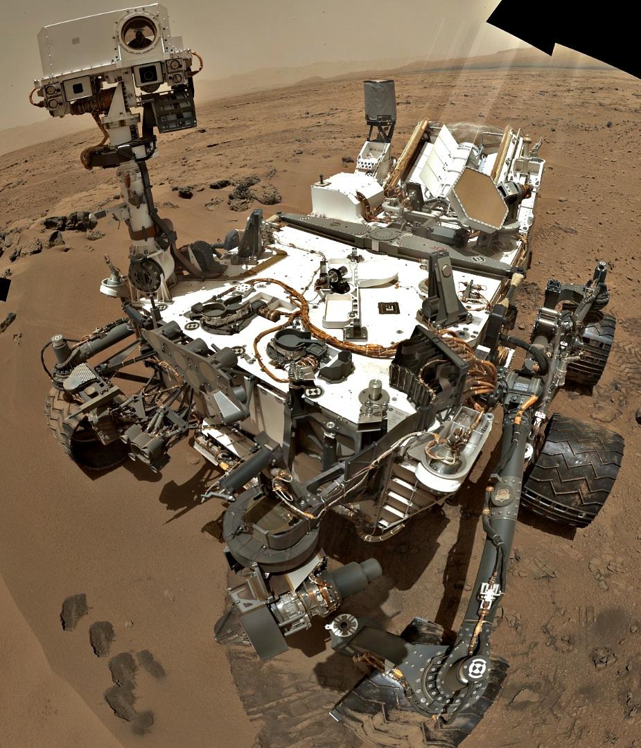 curiosity-mars-rover-self-portrait