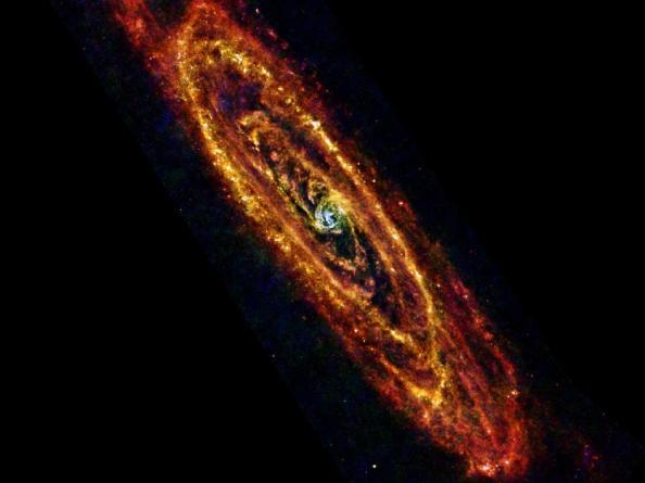 O γαλαξίαw της Ανδρομέδας όπως τον είδε το διαστημικό τηλεσκόπιο Herschel