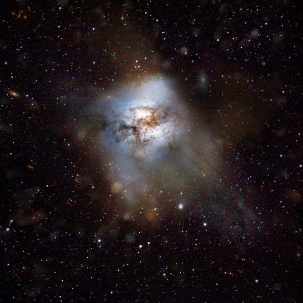 Καλλιτεχνική απεικόνιση γαλαξία παρόμοιο με τοn μακρινό HFLS 3