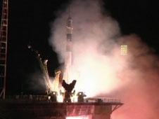 Η εκτόξευση του Soyuz TMA-09M που μετέφερε τα τρία νέα μέλη της αποστολής 36 στον Διεθνή Διαστημικό Σταθμό. Η εκτόξευση έγινε από το κοσμοδρόμιο του Μπαϊκονούρ στο Καζακστάν