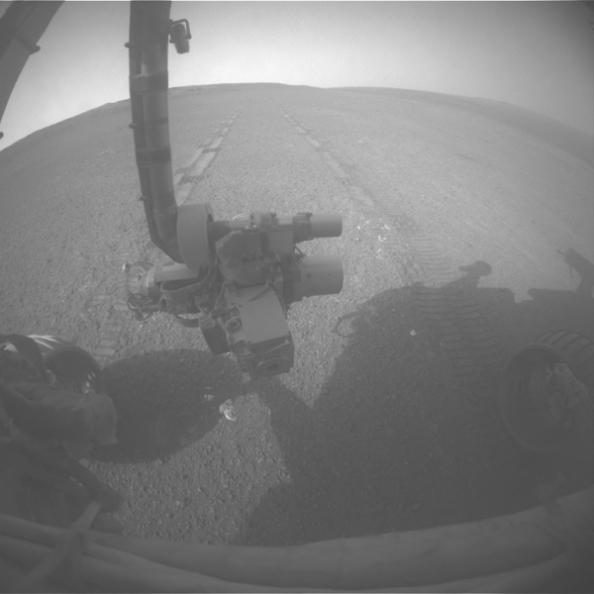 Το Οpportunity κινείται προς τον κρατήρα Endeavour στις 15 Μαΐου 2013