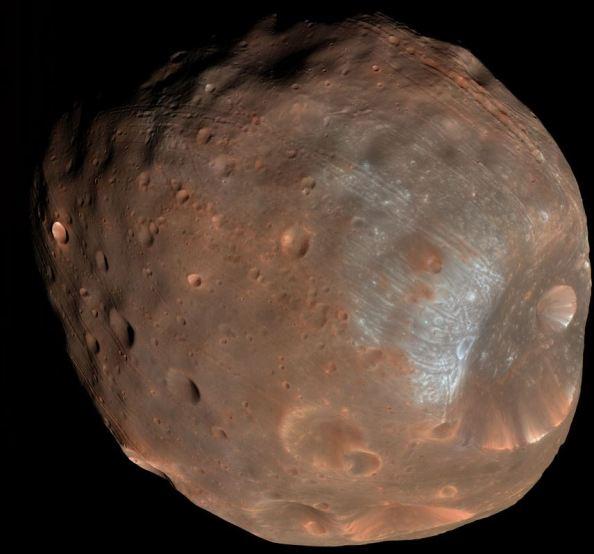 Εκπληκτική εικόνα του Φόβου από το Mars Reconnaissance Orbiter (http://apod.nasa.gov/apod/ap121028.html)