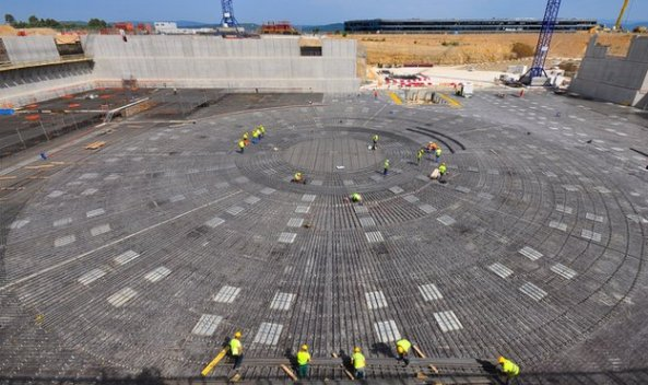 Τα θεμέλια του αντιδραστήρα «tokamak»