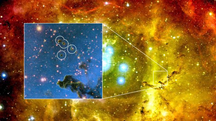 Μικρά νέφη σκόνης, όπως αυτά μέσα στους κύκλους, φαίνεται ότι καταρρέουν υπό το βάρος τους και σχηματίζουν πλανήτες