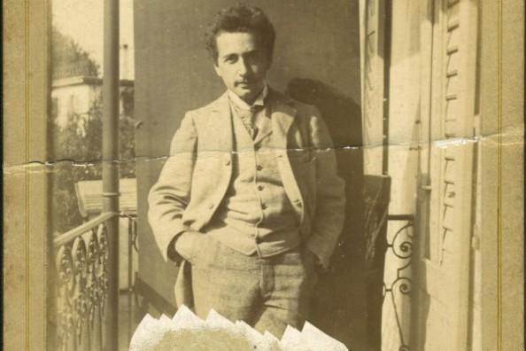 http://www.lbi.org/2012/09/albert-einstein/#1