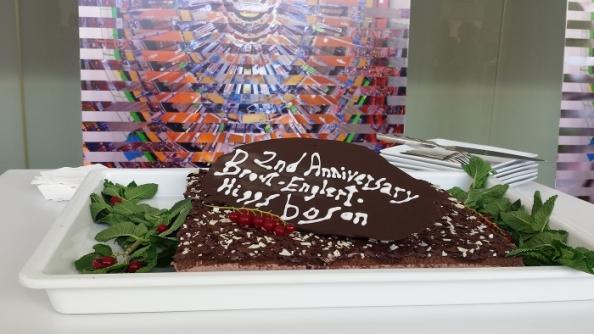 Happy Higgs-aversary! Στις 4 Ιουλίου συμπληρώθηκαν 2 χρόνια από την ανακοίνωση της ανακάλυψης του μποζονίου Higgs