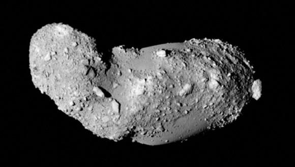 Δεν είναι εξάλλου η πρώτη φορά που ανακαλύπτεται τέτοιος  κομήτης.Παρόμοια περίπτωση αποτελεί  ο δυαδικός αστεροειδής 25143 Itokawa που εξερεύνησε το ιαπωνικό διαστημικό σκάφος Hayabusa 2005 (Credit:. JAXA)