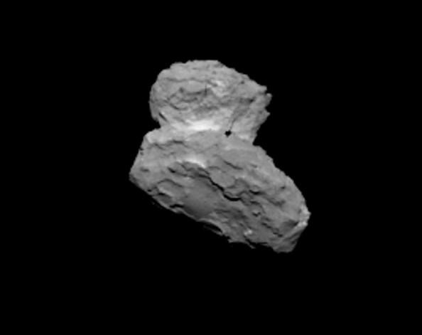 Mια ακόμα άποψη του κομήτη από απόσταση 1000 km  την 1 η Αυγούστου 2014 (OSIRIS narrow angle camera)   Credits: ESA/Rosetta/MPS for OSIRIS Team MPS/UPD/LAM/IAA/SSO/INTA/UPM/DASP/IDA