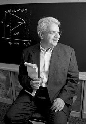Αν δεν υπάρξουν καινούργια ευρήματα από τον Μεγάλο Επιταχυντή Αδρονίων (LHC) την επόμενη τριετία, τότε θα ενισχυθεί η πιθανότητα να ισχύει η θεωρία των πολλαπλών συμπάντων και της ανθρωπικής αρχής. Με βάση τη συγκεκριμένη θεωρία, το σύμπαν μας αποτελεί μία από τις δισεκατομμύρια διαφορετικές παραλλαγές από σύμπαντα, ενώ ορισμένα από τα «μυστήριά» του εξηγούνται από το γεγονός ότι οι παράμετροι των νόμων που το διέπουν απλώς έτυχε να είναι συμβατές με τη δημιουργία ζωής – αφού αλλιώς δεν θα υπήρχαμε για να το παρατηρούμε.