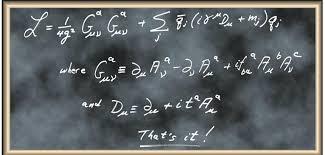 H λαγκρανζιανή $\mathcal{L}$ της QCD περιγράφει την ισχυρή αλληλεπίδραση. Τα mj και qj είναι η μάζα και το κβαντικό πεδίο του κουάρκ με γεύση j, Α είναι το πεδίο του γλοιονίου, με χωροχρονικούς δείκτες μ, ν και δείκτες χρώματος α, b, c. Οι τιμές των αριθμητικών συντελεστών f και t προσδιορίζονται πλήρως από την συμμετρία χρώματος. Εκτός από τις μάζες των κουάρκ, η σταθερά σύζευξης g αποτελεί την μόνη ελεύθερη παράμετρο της θεωρίας. (πηγή: http://books.google.gr/books?id=iWhxK12fbA4C&pg=PA62&lpg=PA62&dq=unworldliness+feynman&source=bl&ots=WQroT-nN7e&sig=xnYG95H2SL-x1ujD4zsJKthr_-Y&hl=el&sa=X&ei=MSpfVLGON4L0ao_4grgJ&ved=0CFoQ6AEwBg#v=onepage&q=unworldliness%20feynman&f=false)