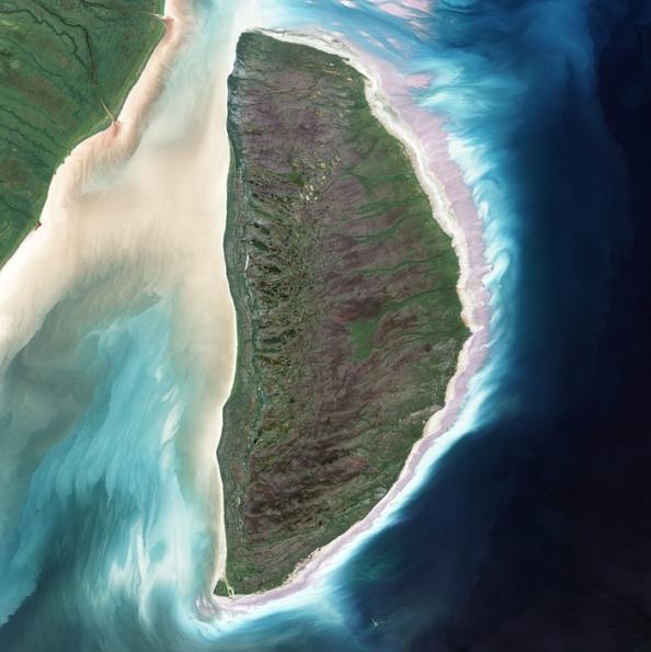 D: το νησί Akimiski στον κόλπο James Bay του καναδά