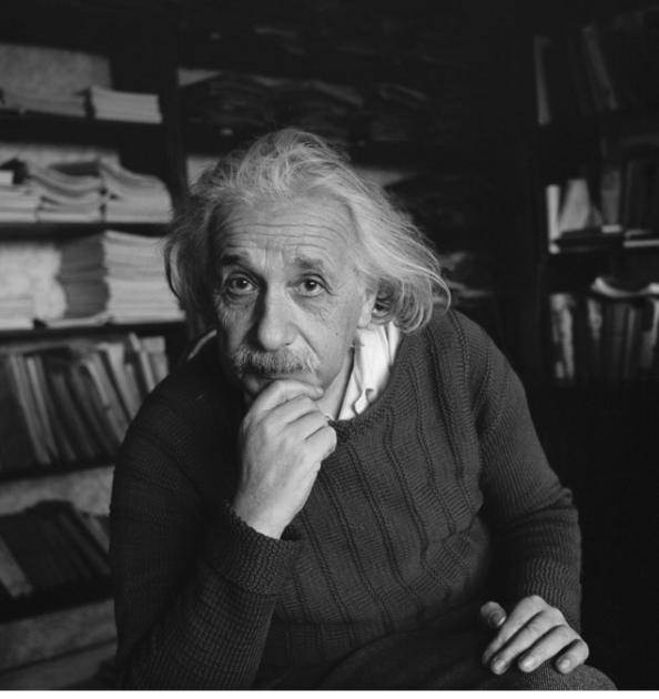 O Einstein στο σπίτι του στο Princeton το 1944. (Credit Popperfoto/Getty Images)