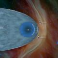Το Voyager 2 απέχει τώρα λίγο περισσότερα από 18 δισεκατομμύρια χιλιόμετρα από τη Γη, παρόλα αυτά, οι υπεύθυνοι της αποστολής μπορούν ακόμη να επικοινωνήσουν μαζί του